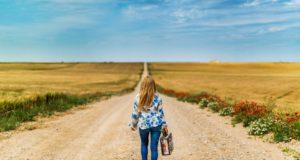 Chození pro zdraví. Proč do každodenního života zakomponovat více chůze?